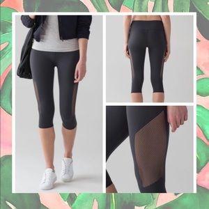 LULULEMON • Reveal Crop Leggings 🍋
